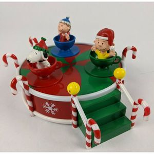 Peanuts Holiday Music Spin Teacup Carousel